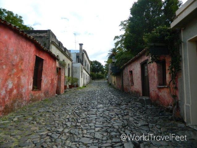 Calle de los Suspiros, un ejemplo de las calles típicas de la época de la colonia portuguesa.