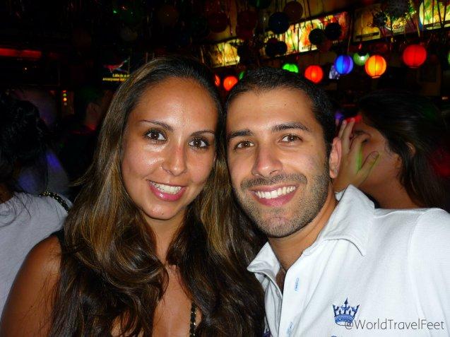 Reencuentro de amistades. Del Coliseo al Karaoke en Sao Paulo.
