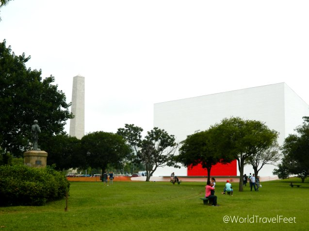 Obelisco y Pabellón