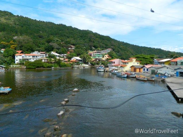 Por esta barra que une la Laguna con el Océano Atlántico es que se llama así este pueblo.