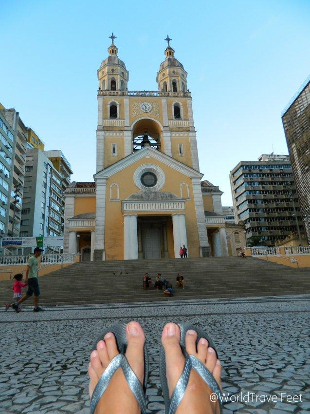 Catedral Metropolitana de Florianópolis que data del siglo XVIII y tiene un estilo neoclásico.