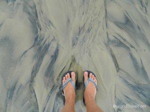 Caminando por Pântano do Sul... me encantan las formas que se hacen con los distintos tonos de arena. Arte natural en el piso.