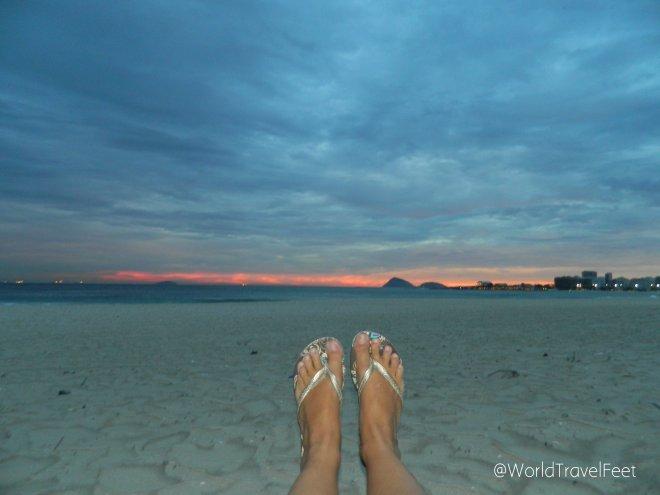 Caminando por las playas de Copacabana.