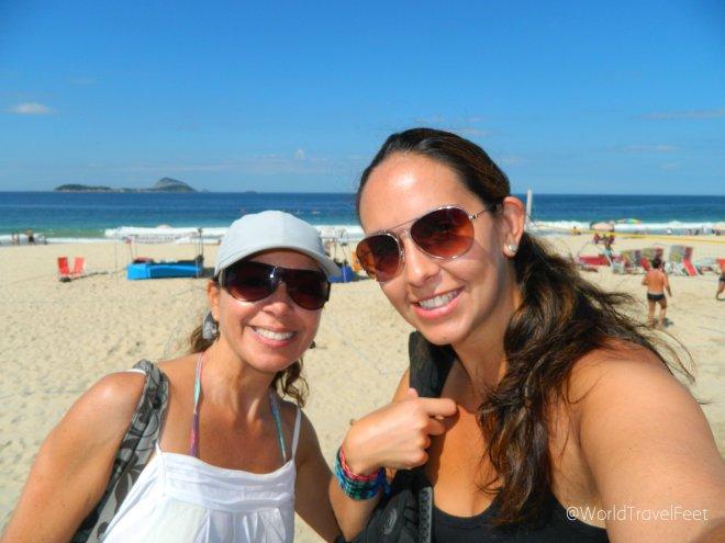 Paseando con Samira por Ipanema.