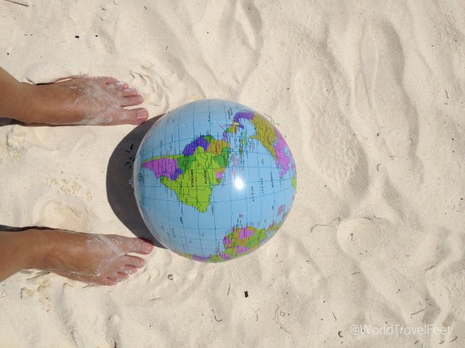 Literalmente My World Traveling Feet.