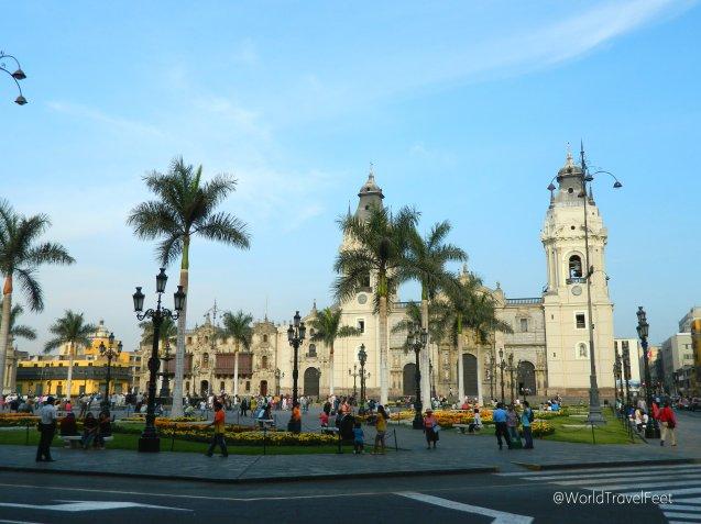 Catedral de Lima y Palacio del Arzobispado de Perú.
