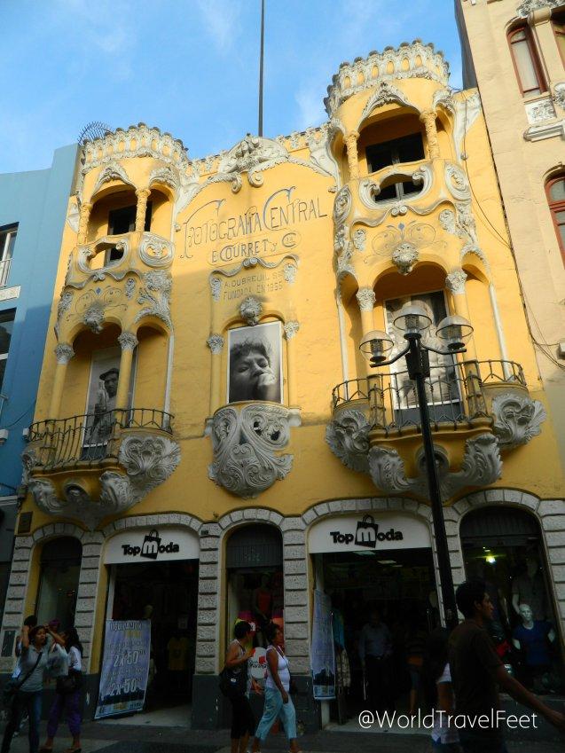 Edificios con los que te topas caminando por el centro de Lima.