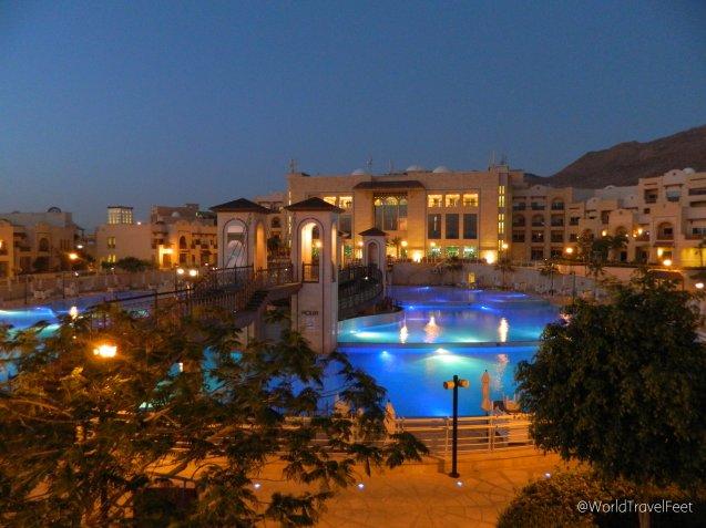 Hotel Crown Plaza junto al Mar Muerto.