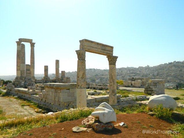 Templo de Hércules y la famosa mano de Hércules.