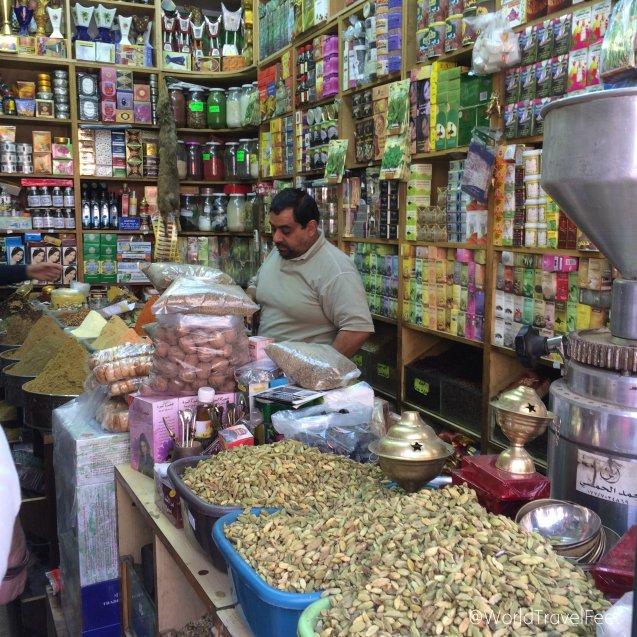 Tienda de especias en el centro de Ammán.