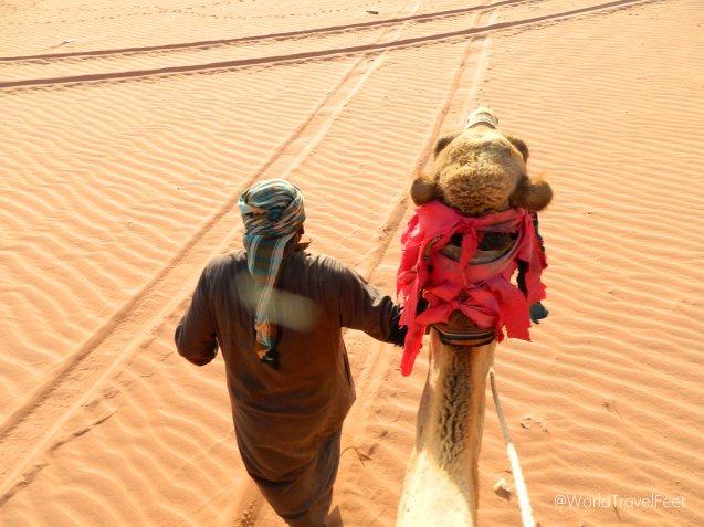 Nuestro super guía beduino y Big Boss, la mancuerna perfecta.